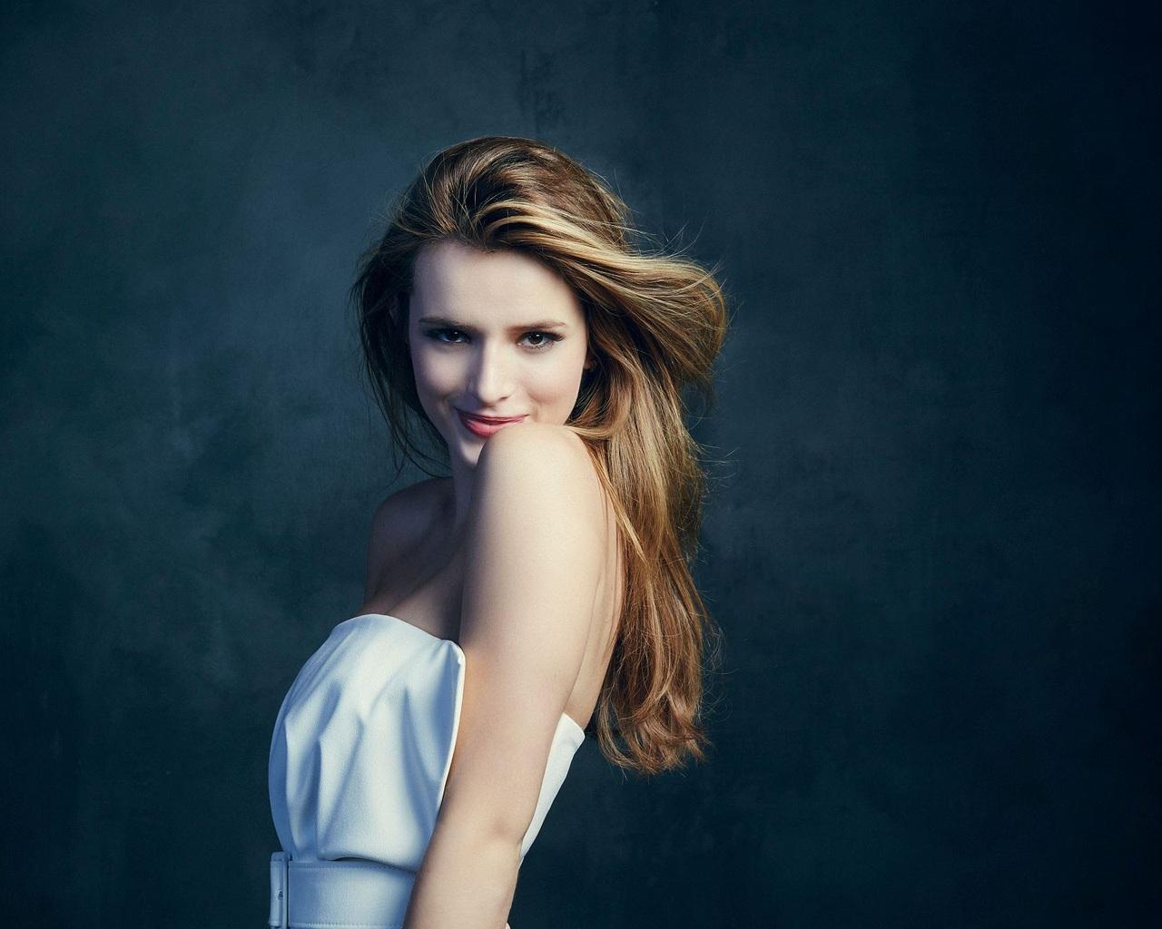 1280x1024 Beautiful Bella Thorne 1280x1024 Resolution Hd 4k