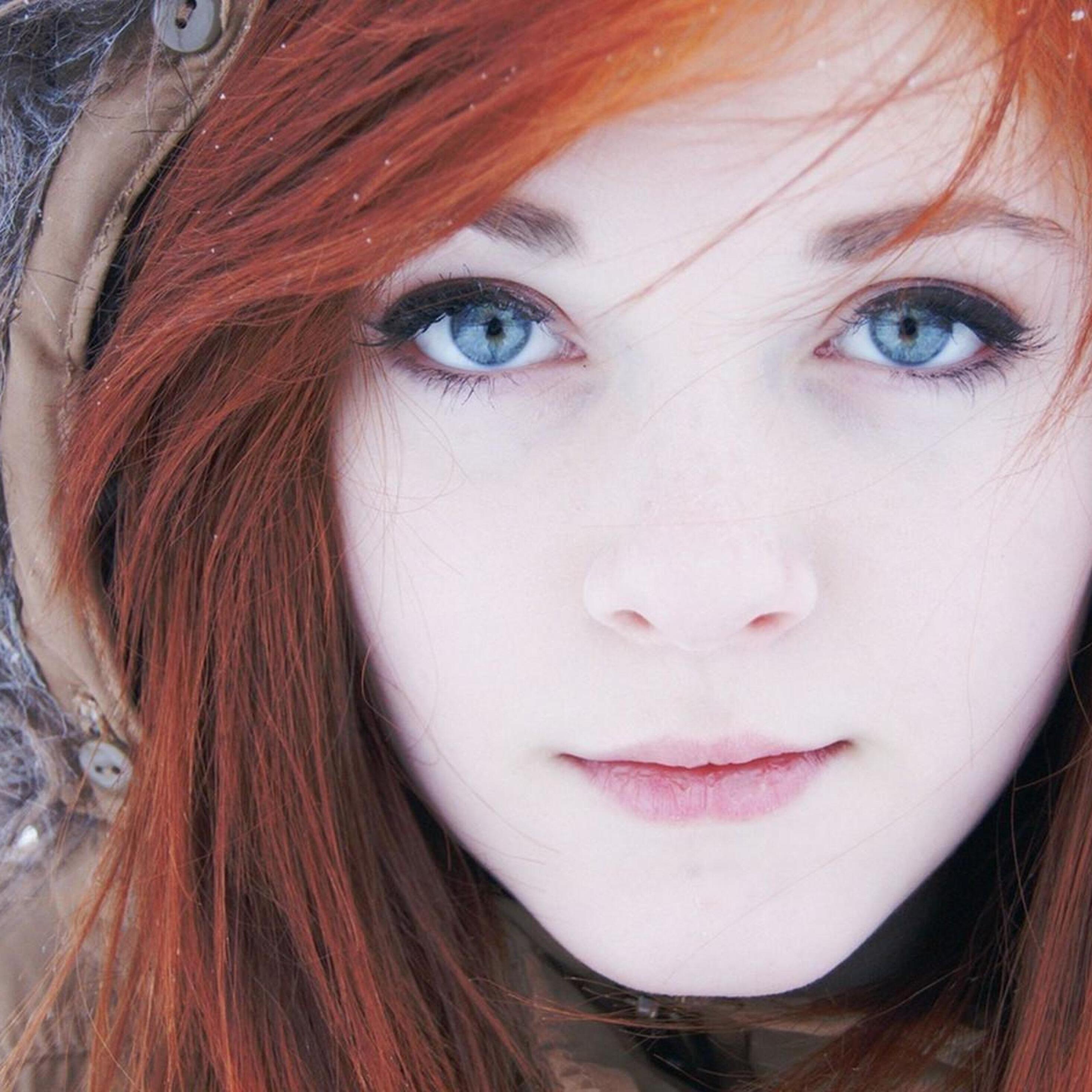 2932x2932 Beautiful Blue Eyes Red Head Girl 4k Ipad Pro
