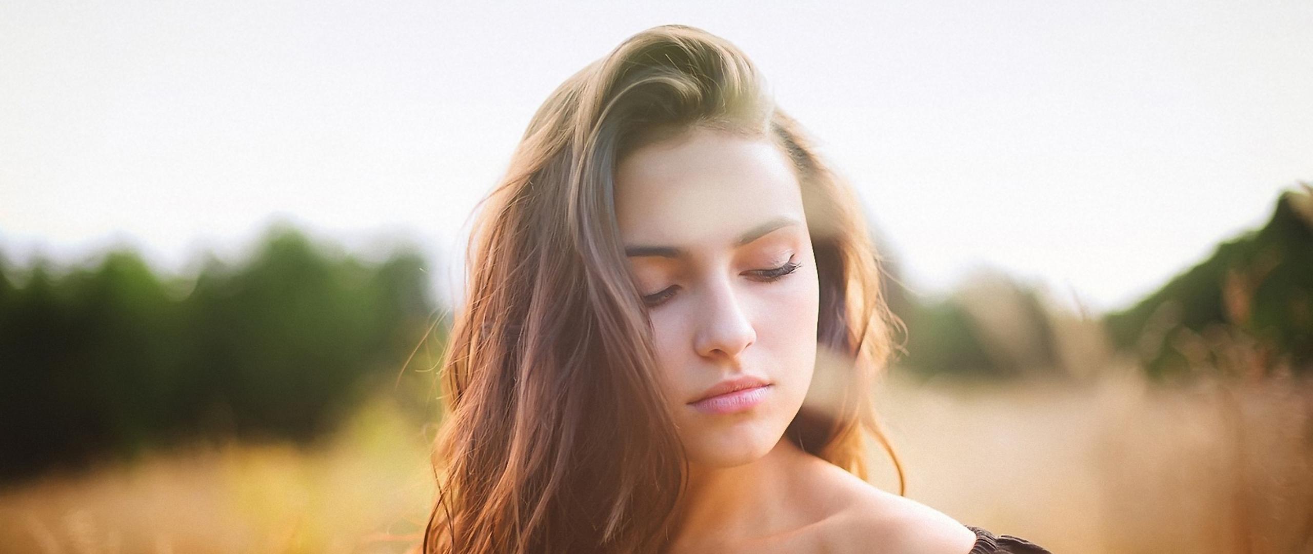 beautiful-brunette-girl.jpg