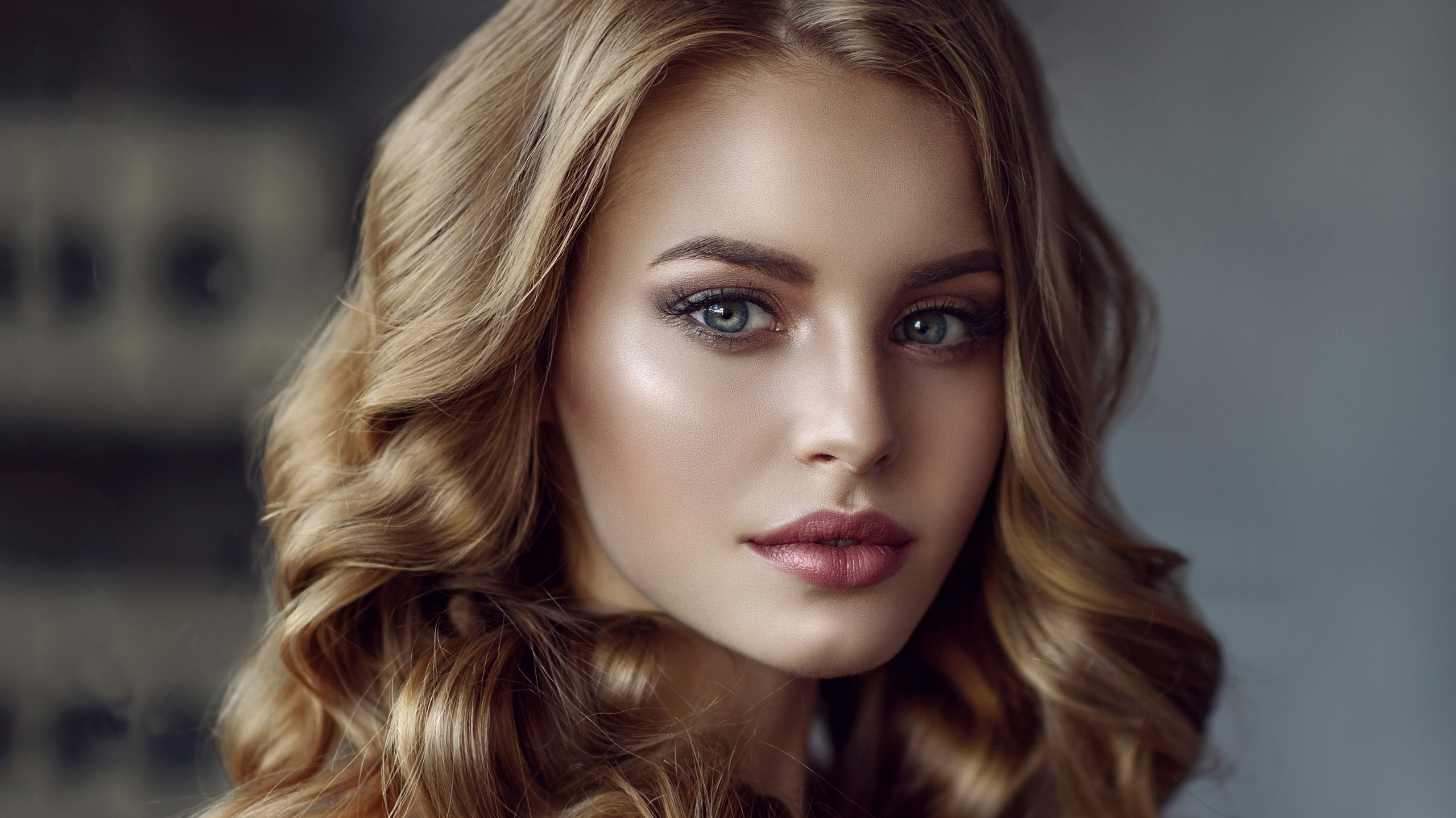 2560X1440 Beautiful Face Blonde Girl 4K 1440P Resolution -2343