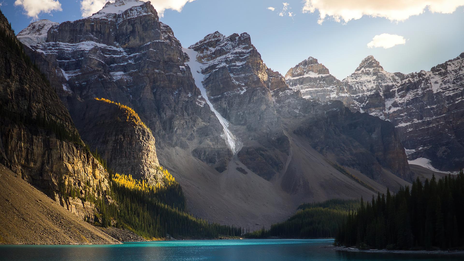 beautiful-lake-scenery-mountains-4k-7d.jpg
