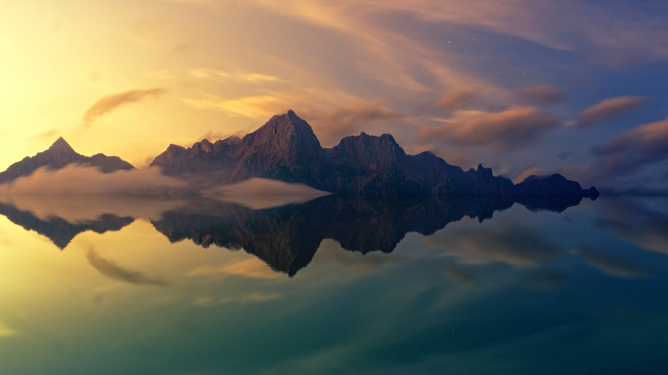 beautiful-mountains-clear-reflection-in-water-em.jpg