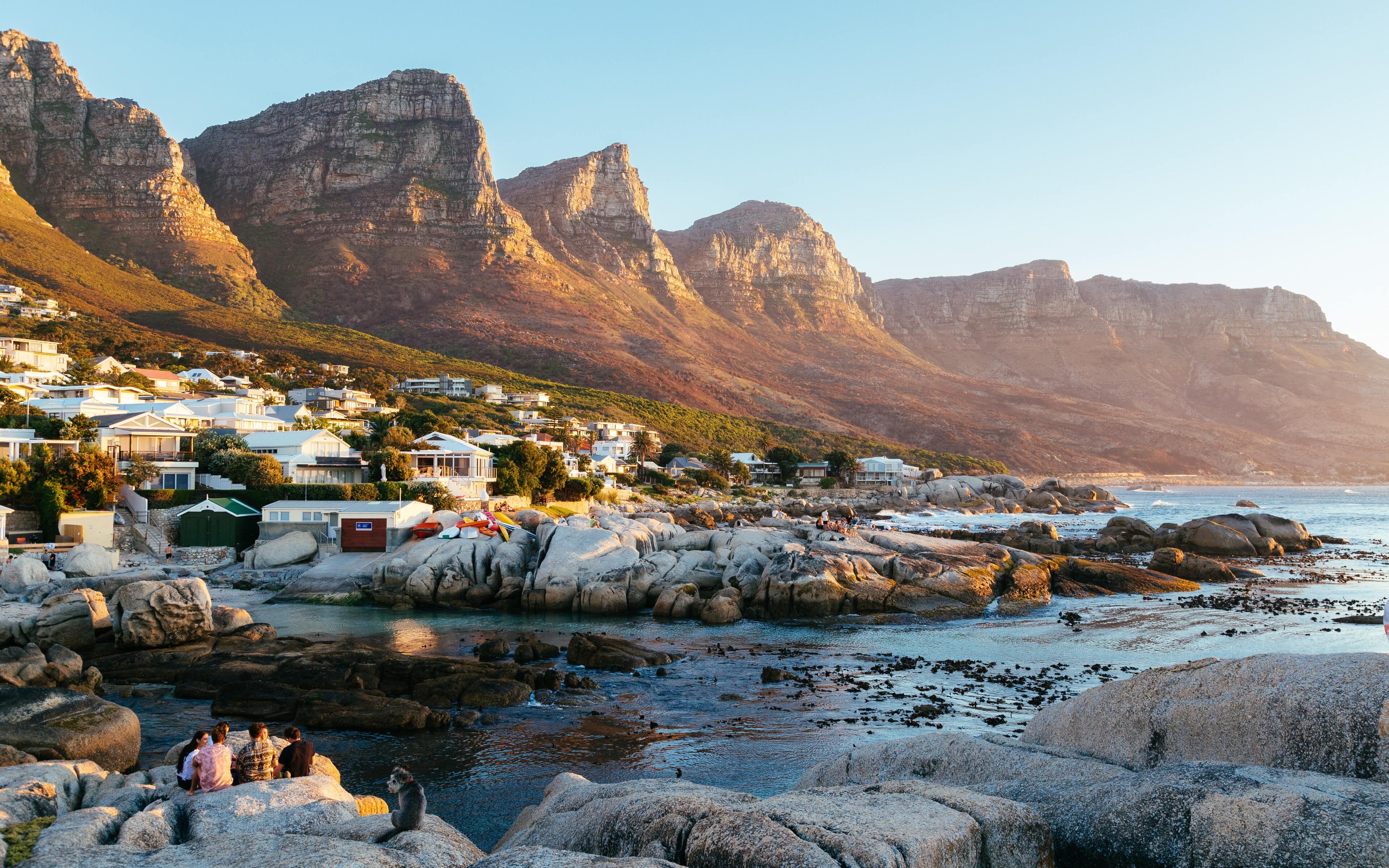 beautiful-town-mountains-landscape-water-body-5k-6s.jpg