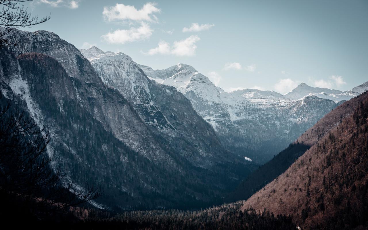 beautiful-valley-landscape-mountains-5k-y5.jpg