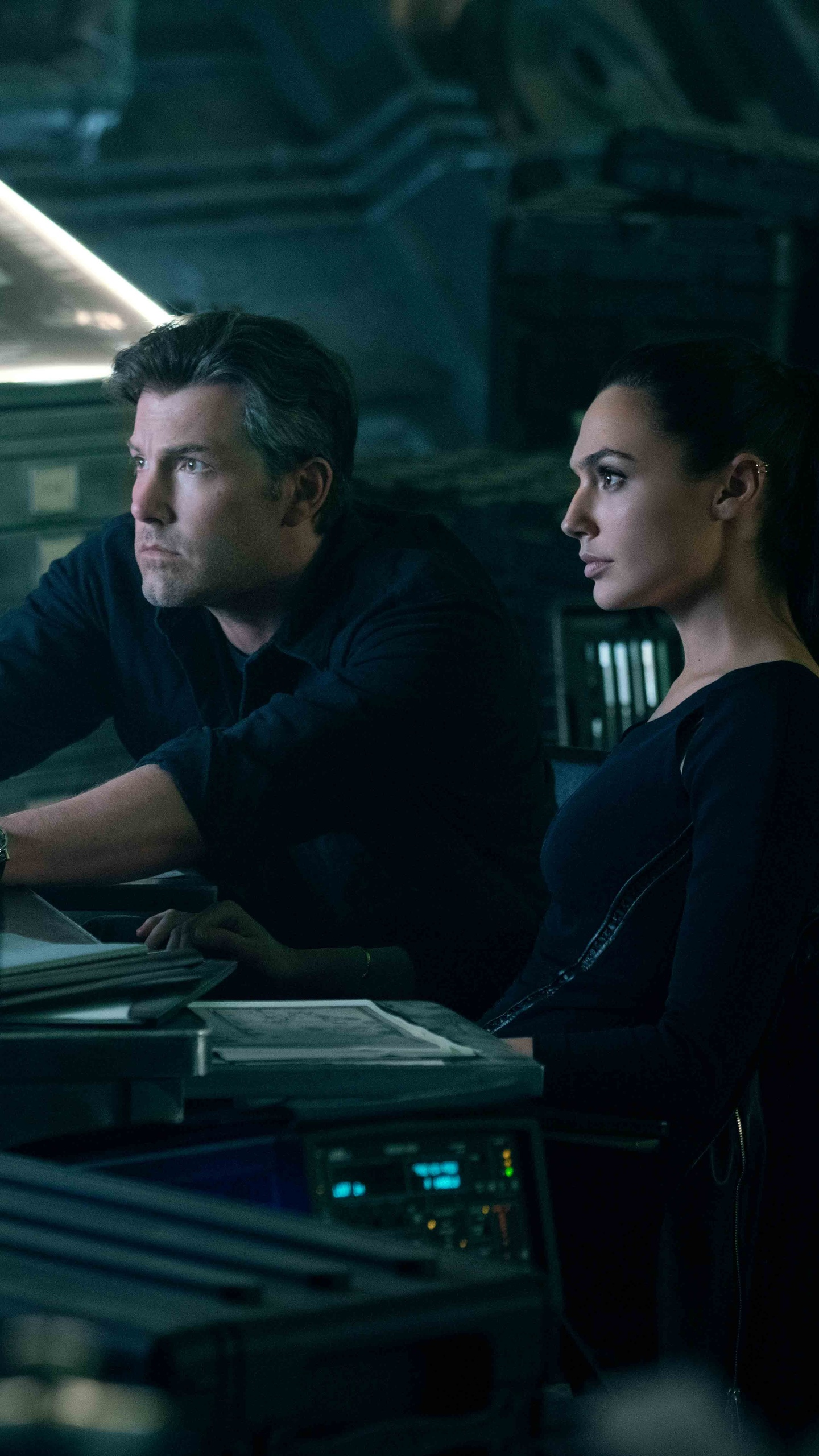 ben-affleck-and-gal-gadot-in-justice-league-wh.jpg