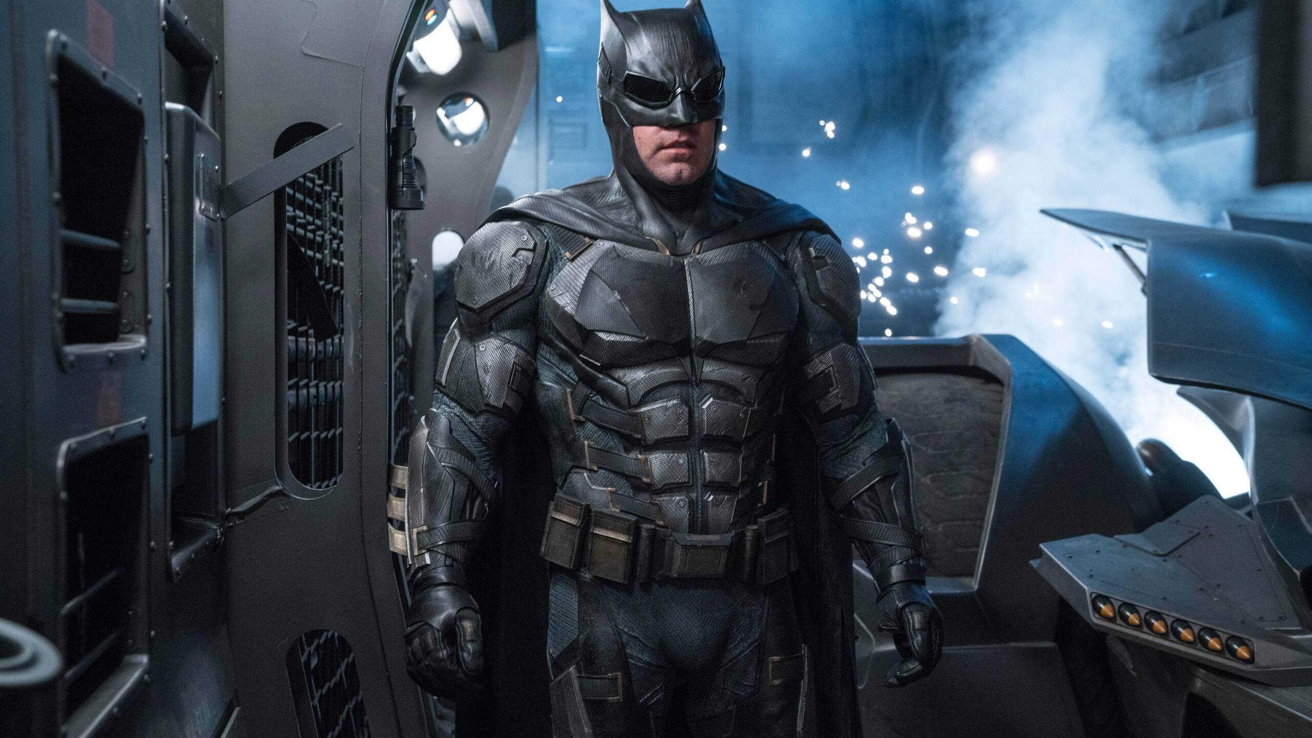 2560x1440 ben affleck as batman in justice league 8k 1440p - Ben affleck batman wallpaper ...