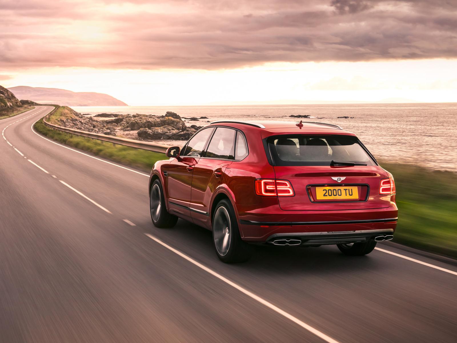 bentley-bentayga-v8-rear-view-2018-lm.jpg