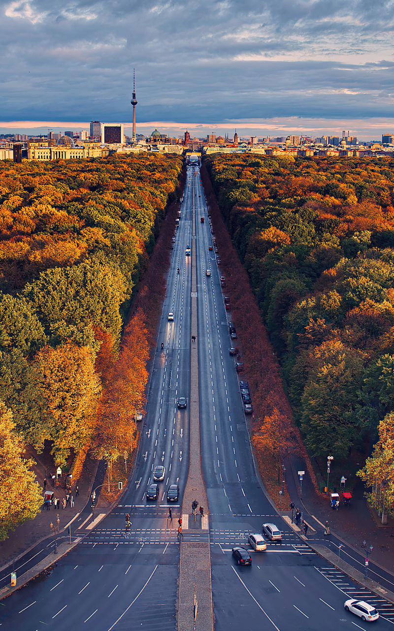 berlin-houses-roads-trees-di.jpg