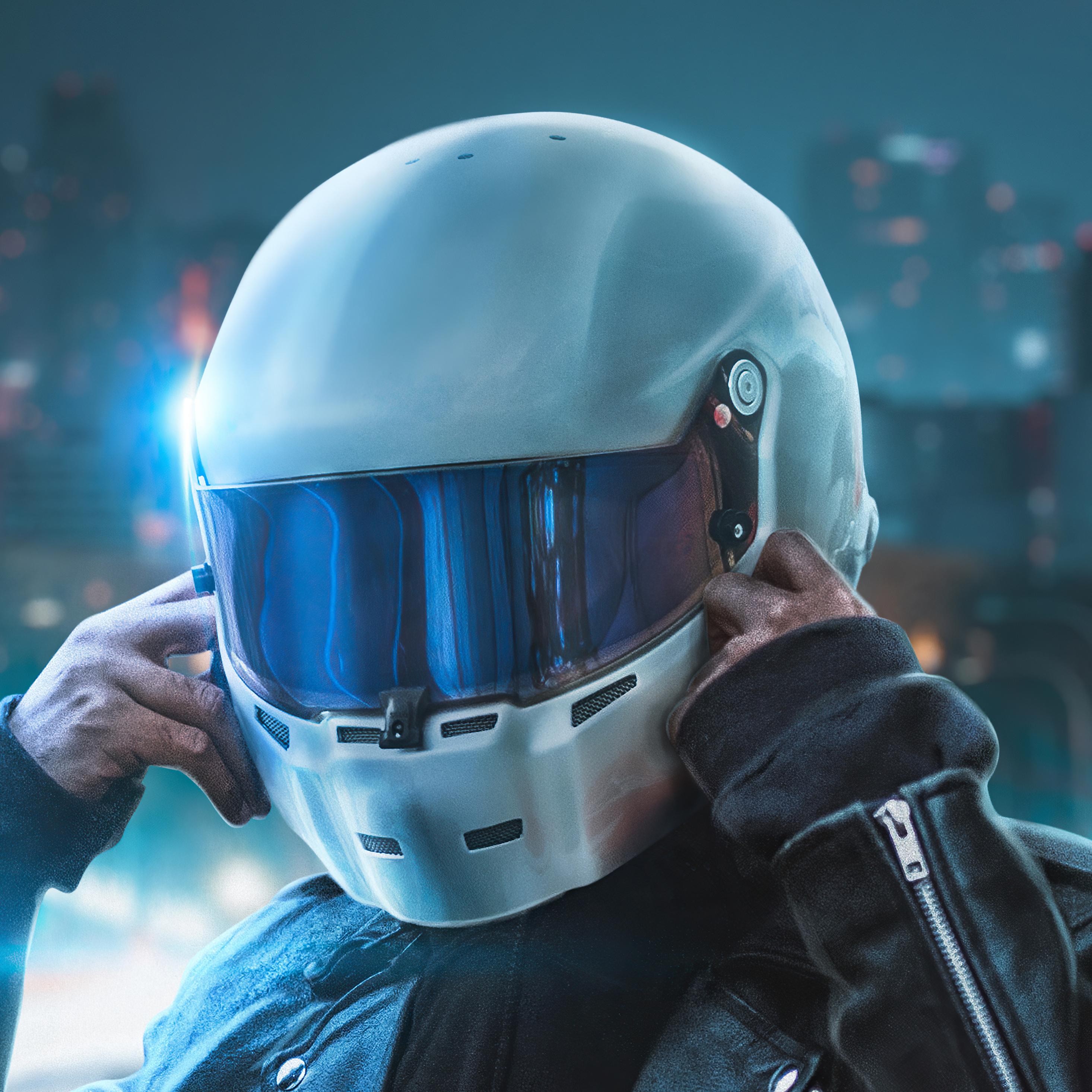 biker-touching-helmet-4k-ki.jpg
