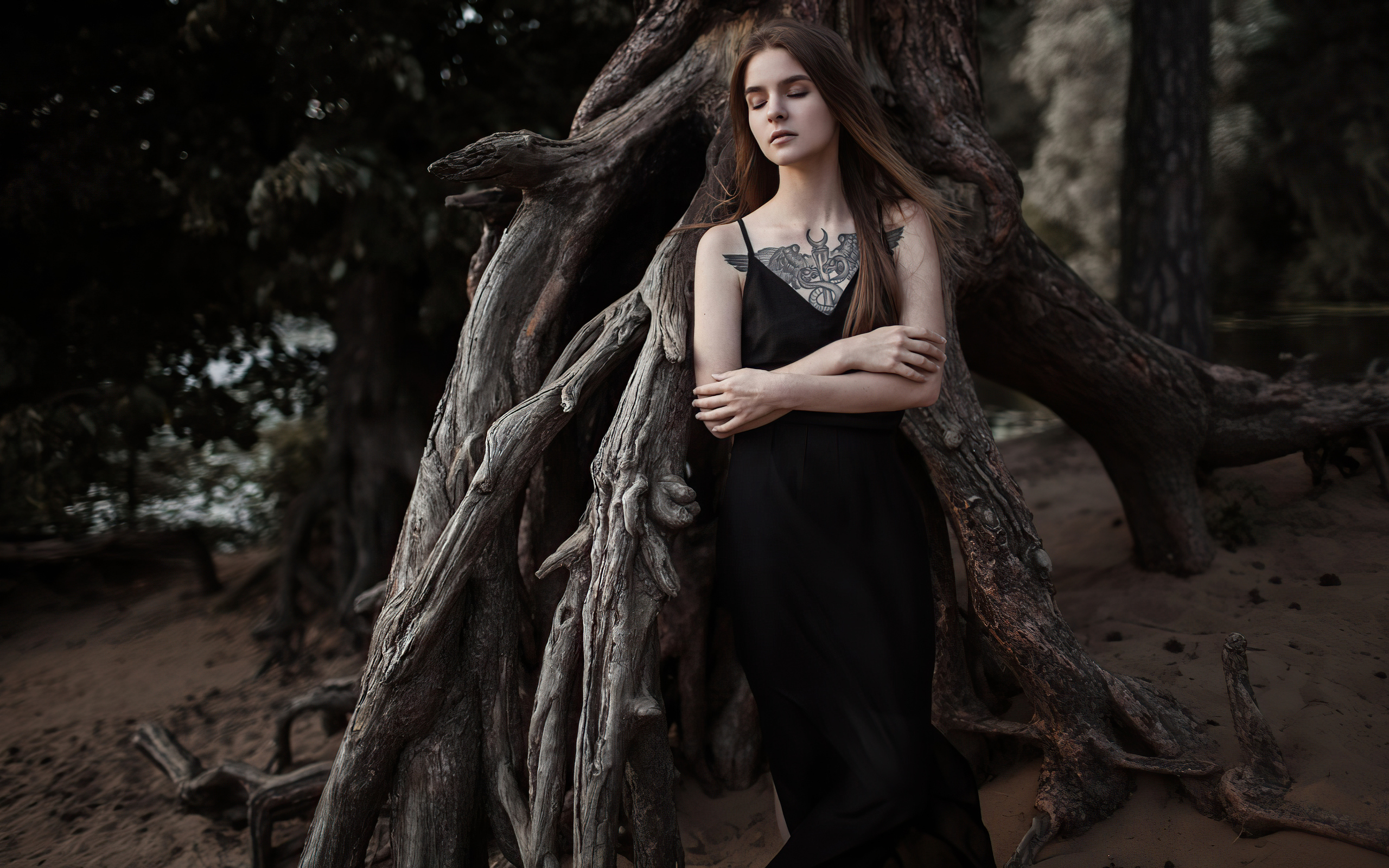 black-dress-girl-closed-eyes-4k-n5.jpg