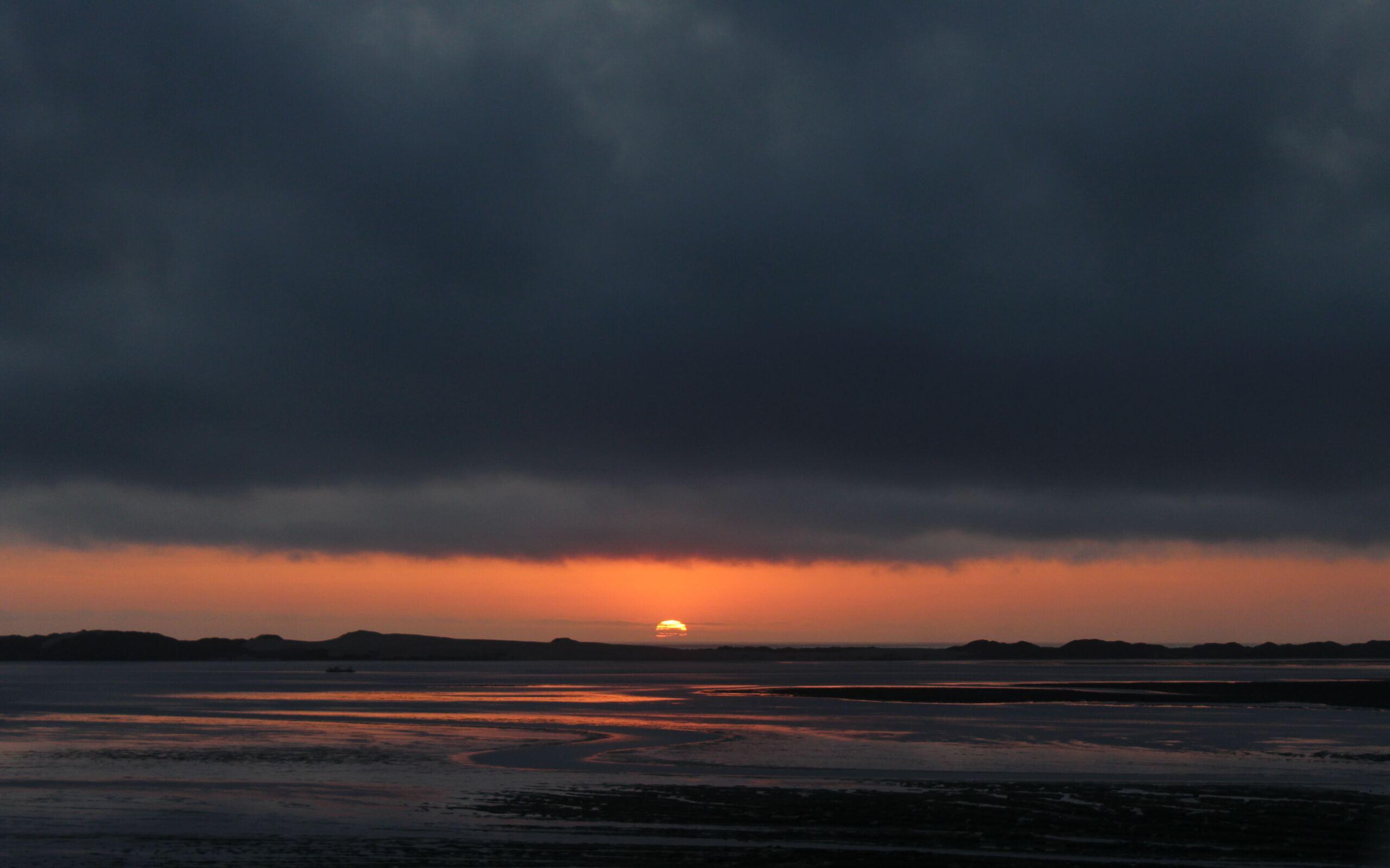 black-gray-clouds-during-golden-hour-5k-jk.jpg