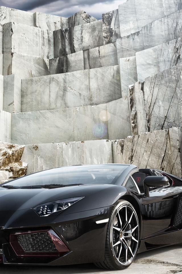 Black Lamborghini Aventador 4k 3j