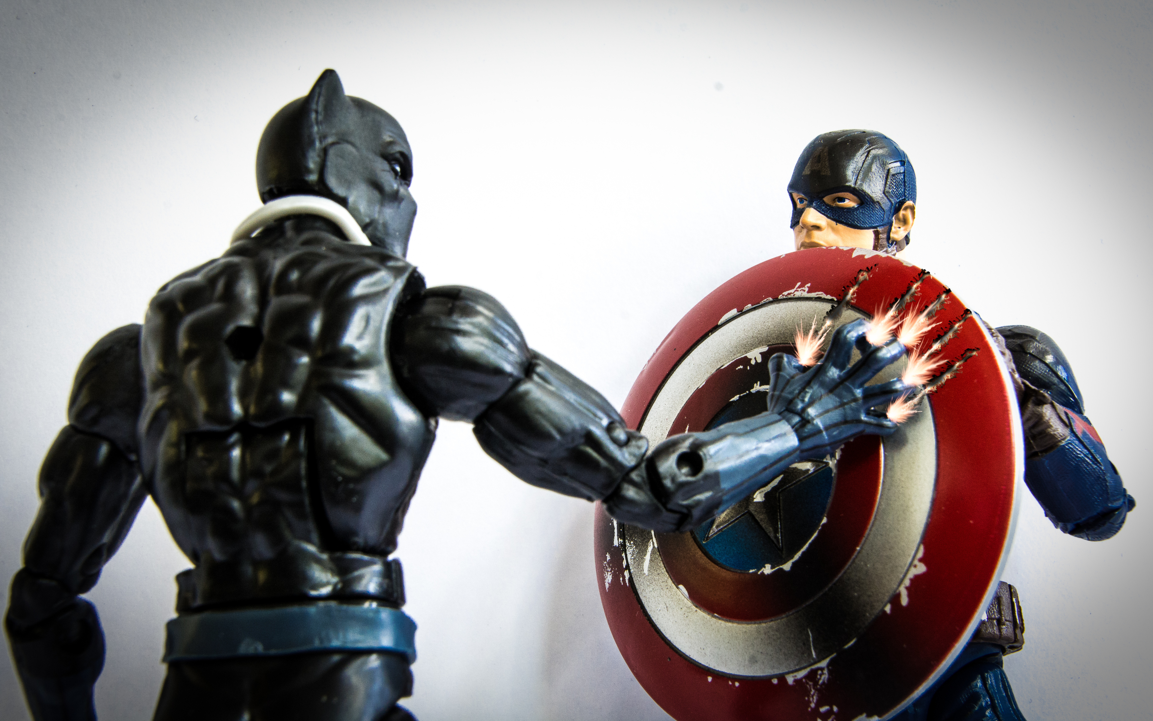 black-panther-and-captain-america-shield-nu.jpg