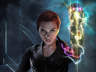 320x240 Black Widow With Infinity Gauntlet Apple Iphone Ipod