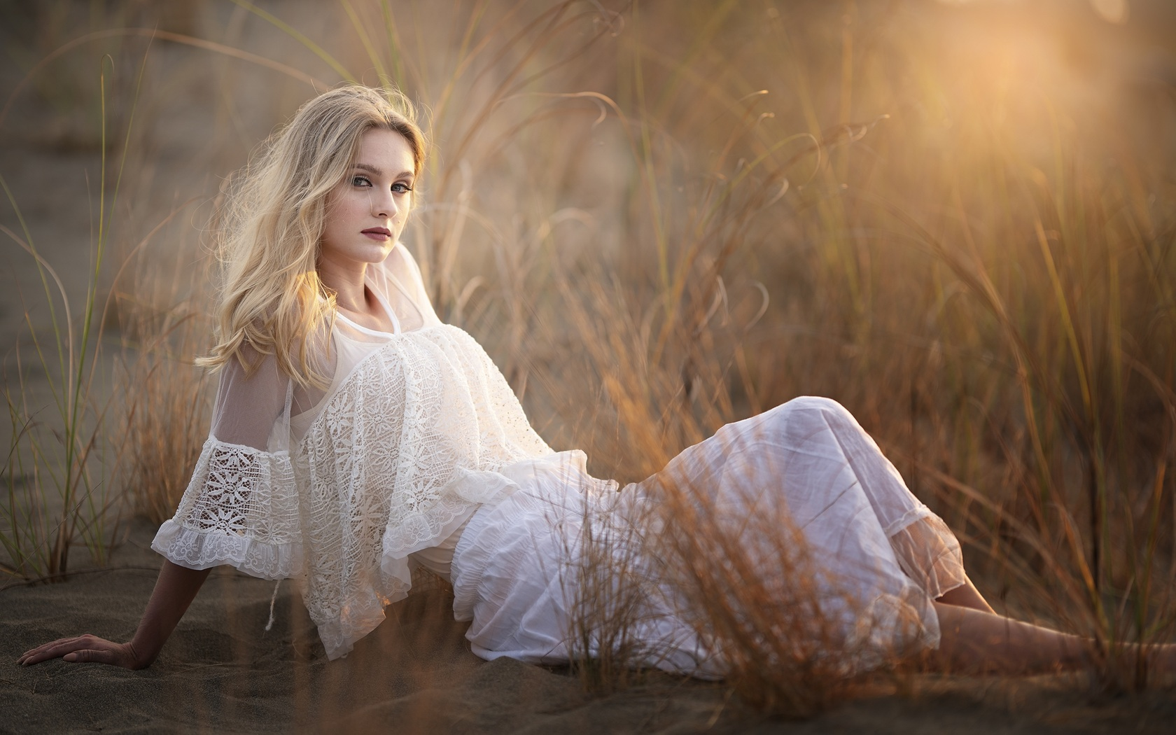 blonde-girl-sitting-white-dress-4k-ga.jpg