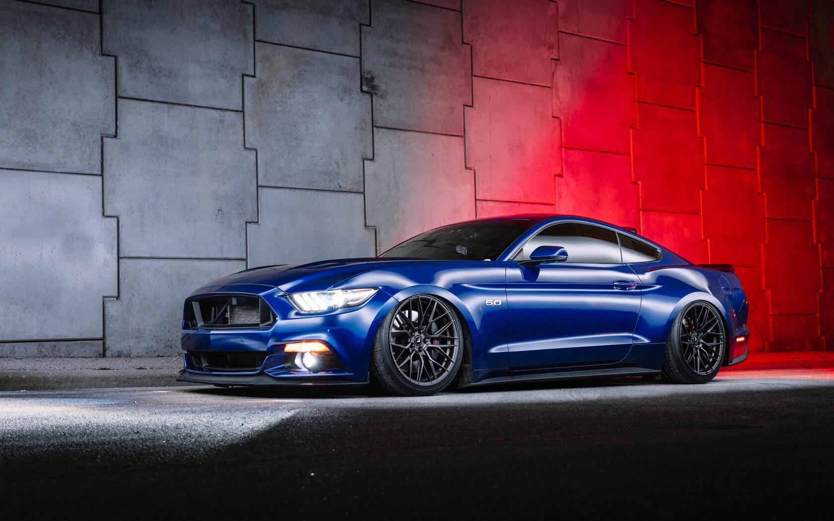 blue-ford-mustang-5k-e2.jpg