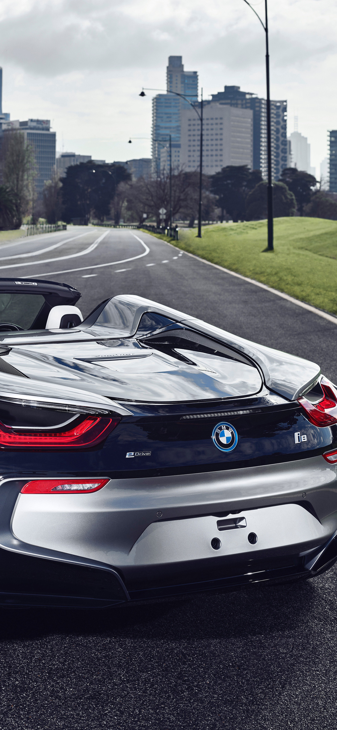 1125x2436 Bmw I8 Roadster 2018 Rear Iphone Xs Iphone 10 Iphone X Hd