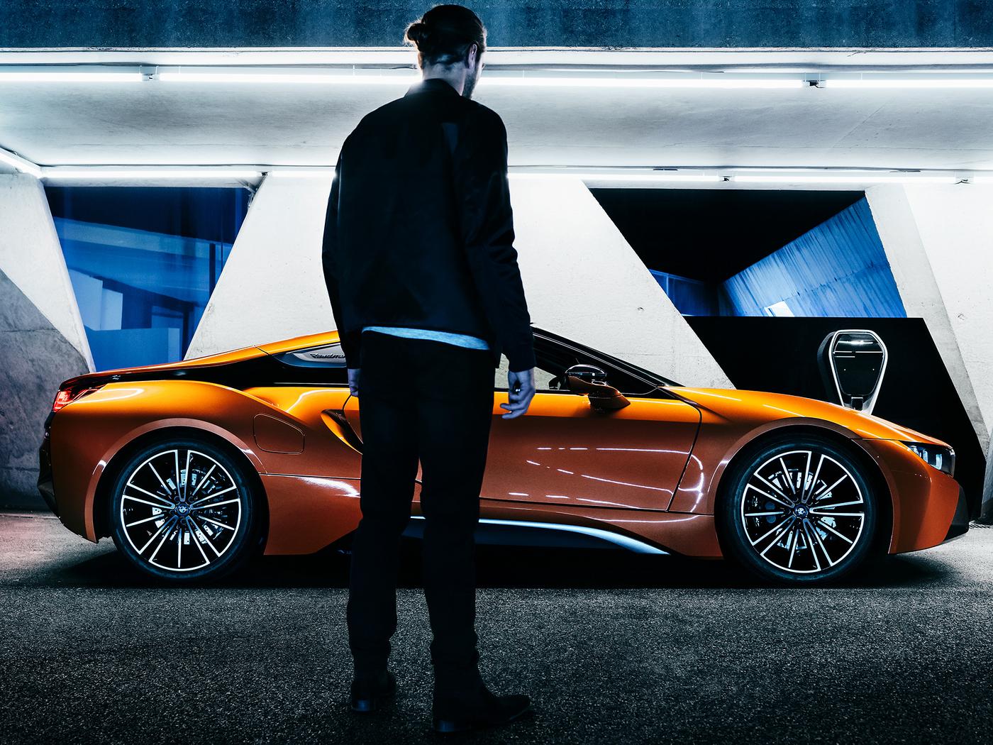 bmw-i8-roadster-car-hg.jpg