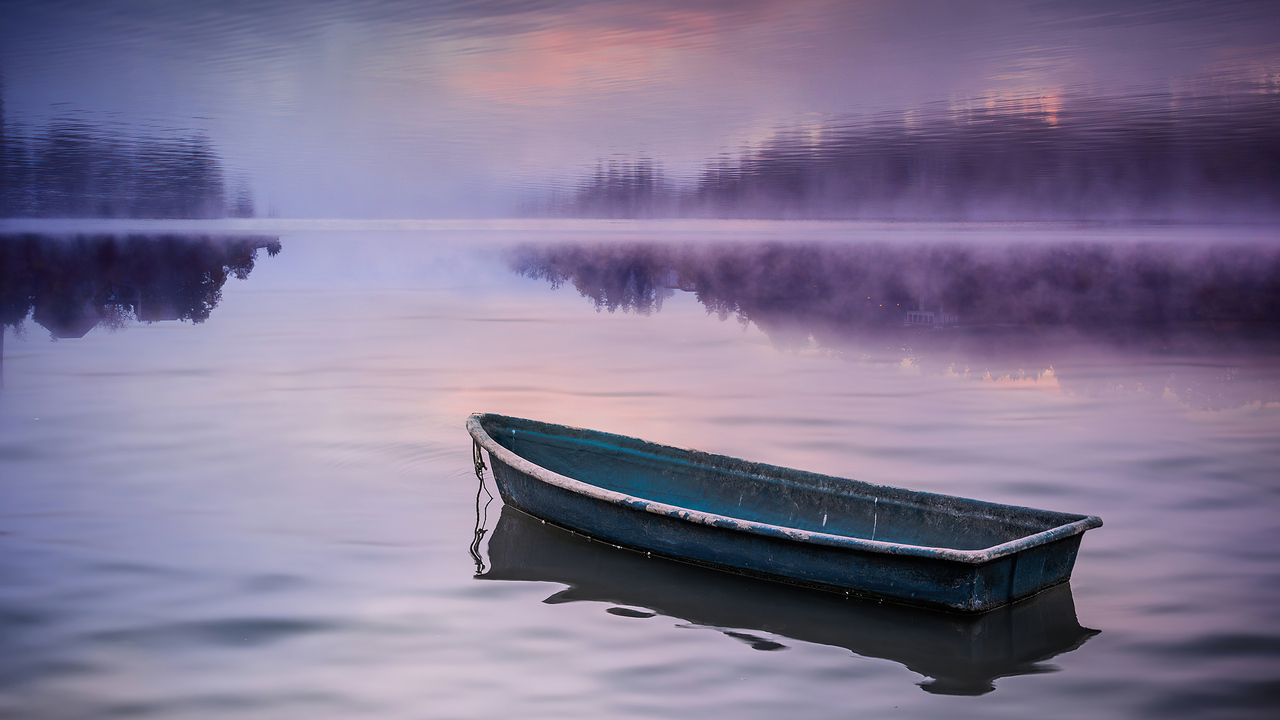 boat-in-nature-silence-4k-bk.jpg