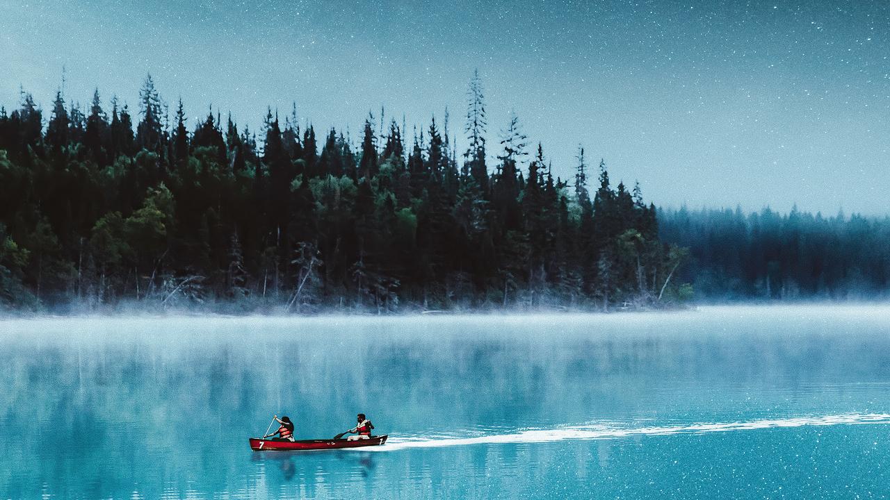 boat-lake-silent-evening-4k-pd.jpg