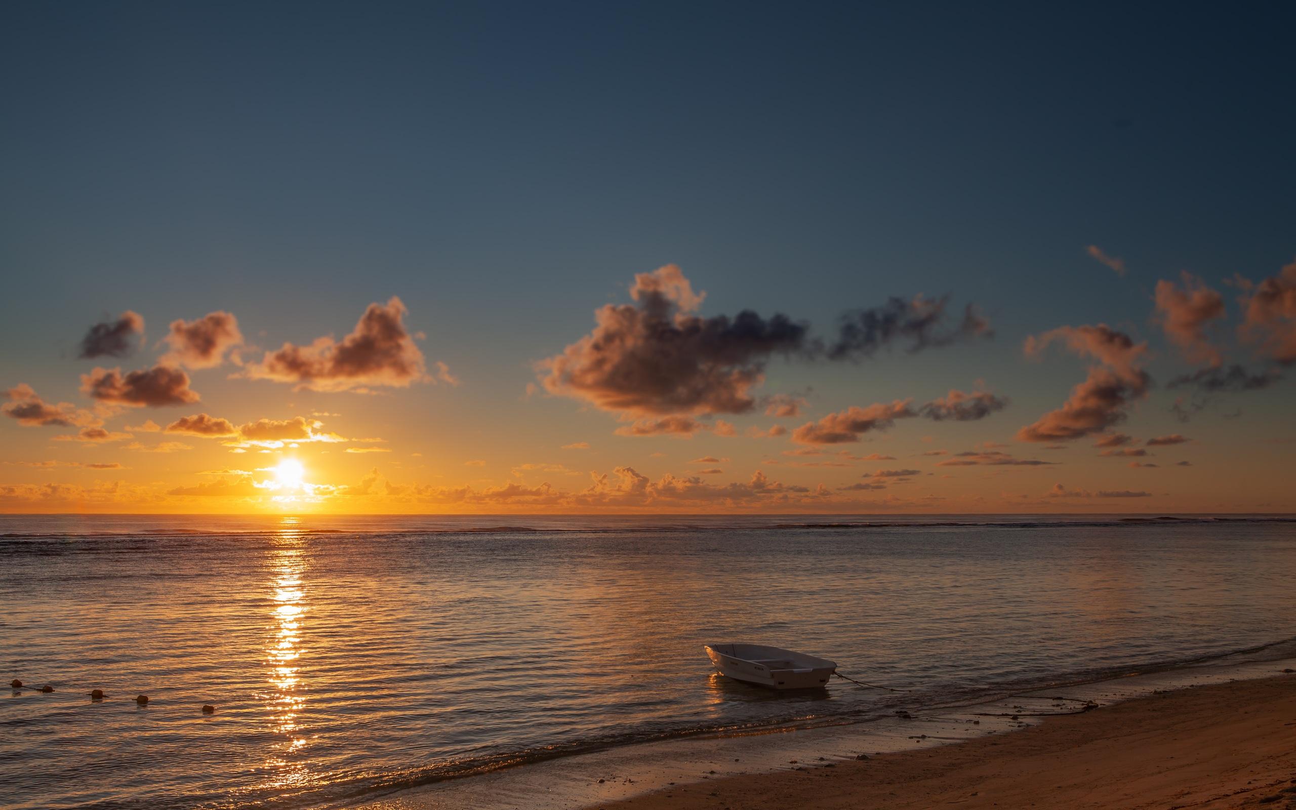 boat-sea-beach-sunset-5k-lk.jpg