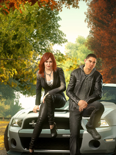 boy-and-girl-sitting-front-of-ford-shelby-gt500-super-snake-wm.jpg