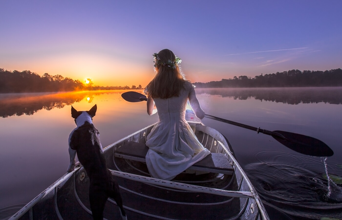 bride-with-dog-on-boat-av.jpg