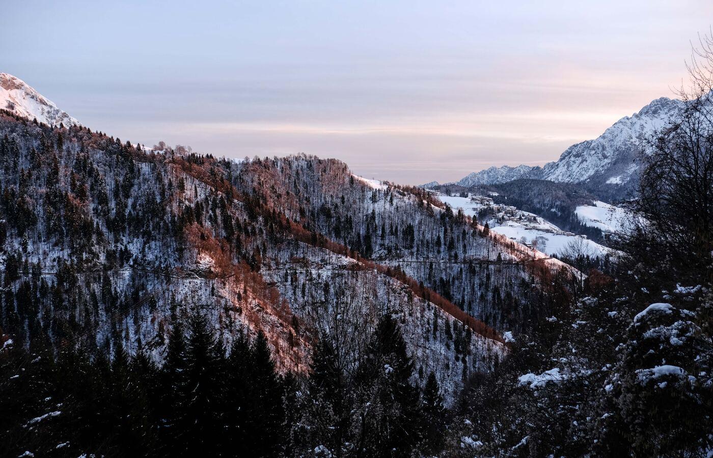 brown-white-mountains-5k-l2.jpg