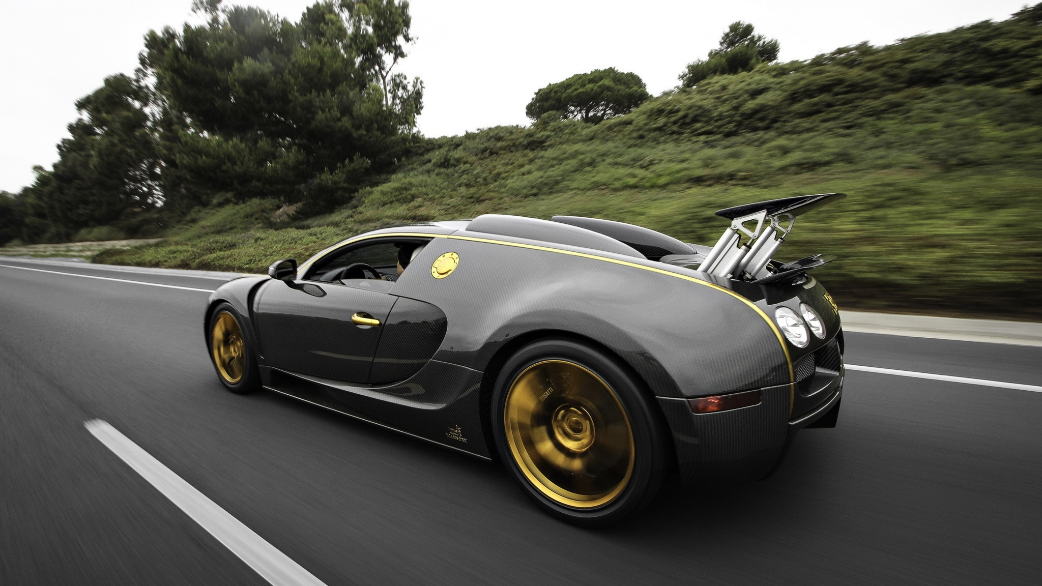 bugatti-veyron-custom-2048x1152 Astounding Bugatti Veyron Need for Speed World Cars Trend
