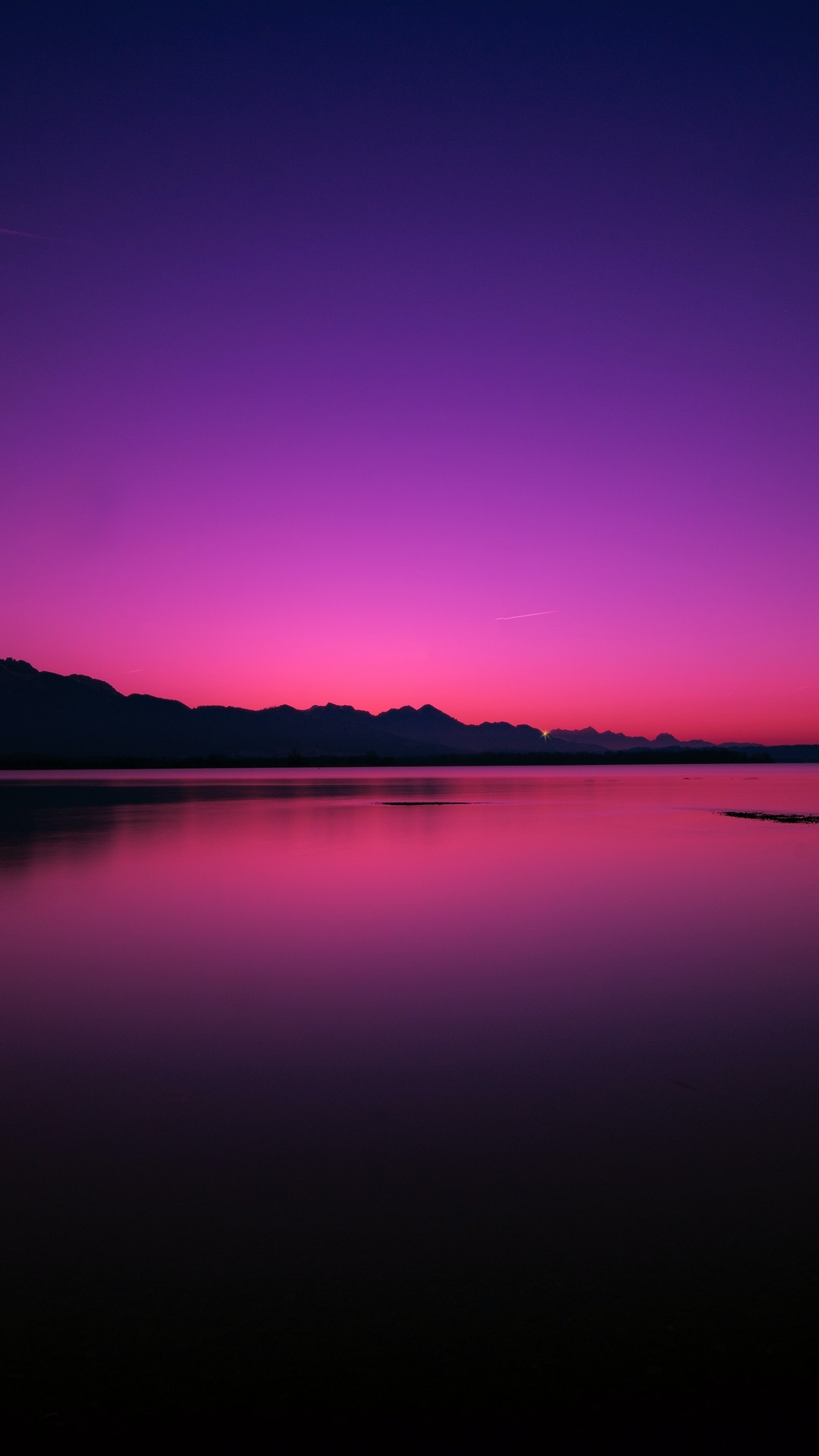 calm-water-body-pink-evening-4k-54.jpg