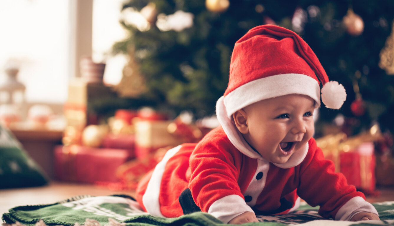 christmas-baby-santa-outfit-dx.jpg