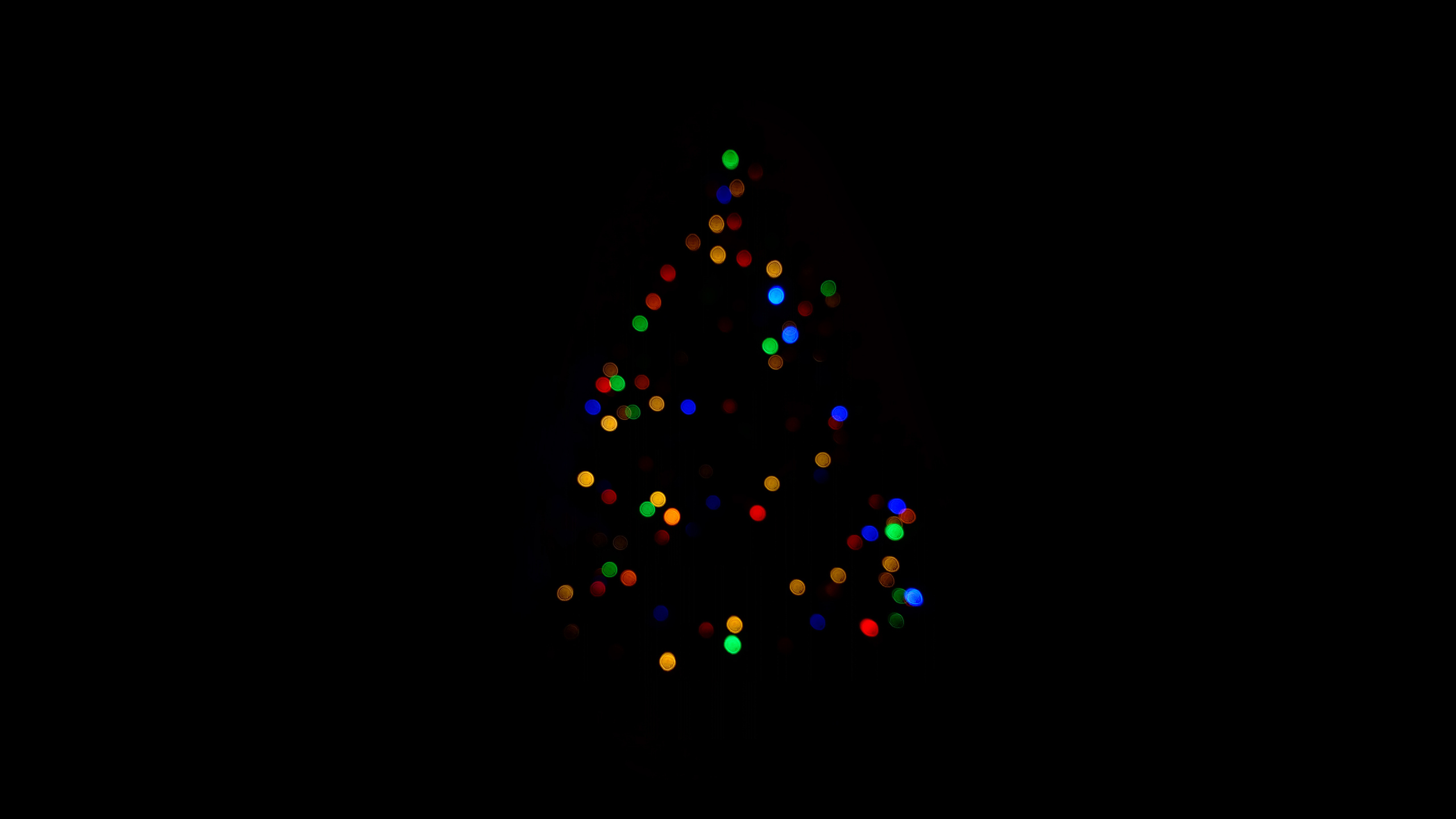 christmas-tree-minimalism-dark-4k-sf.jpg