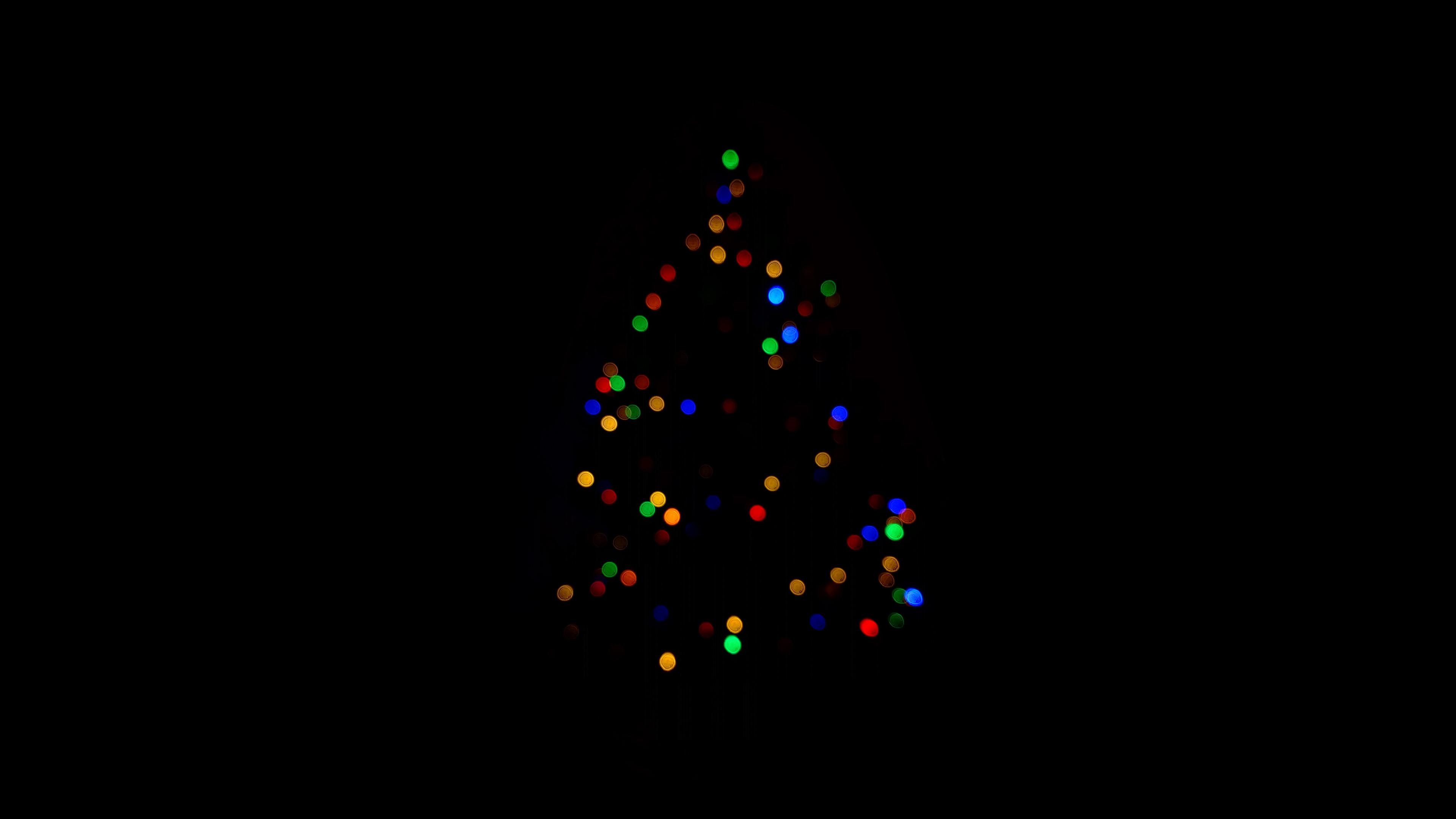 christmas-tree-minimalism-dark-4k-sf.jpg