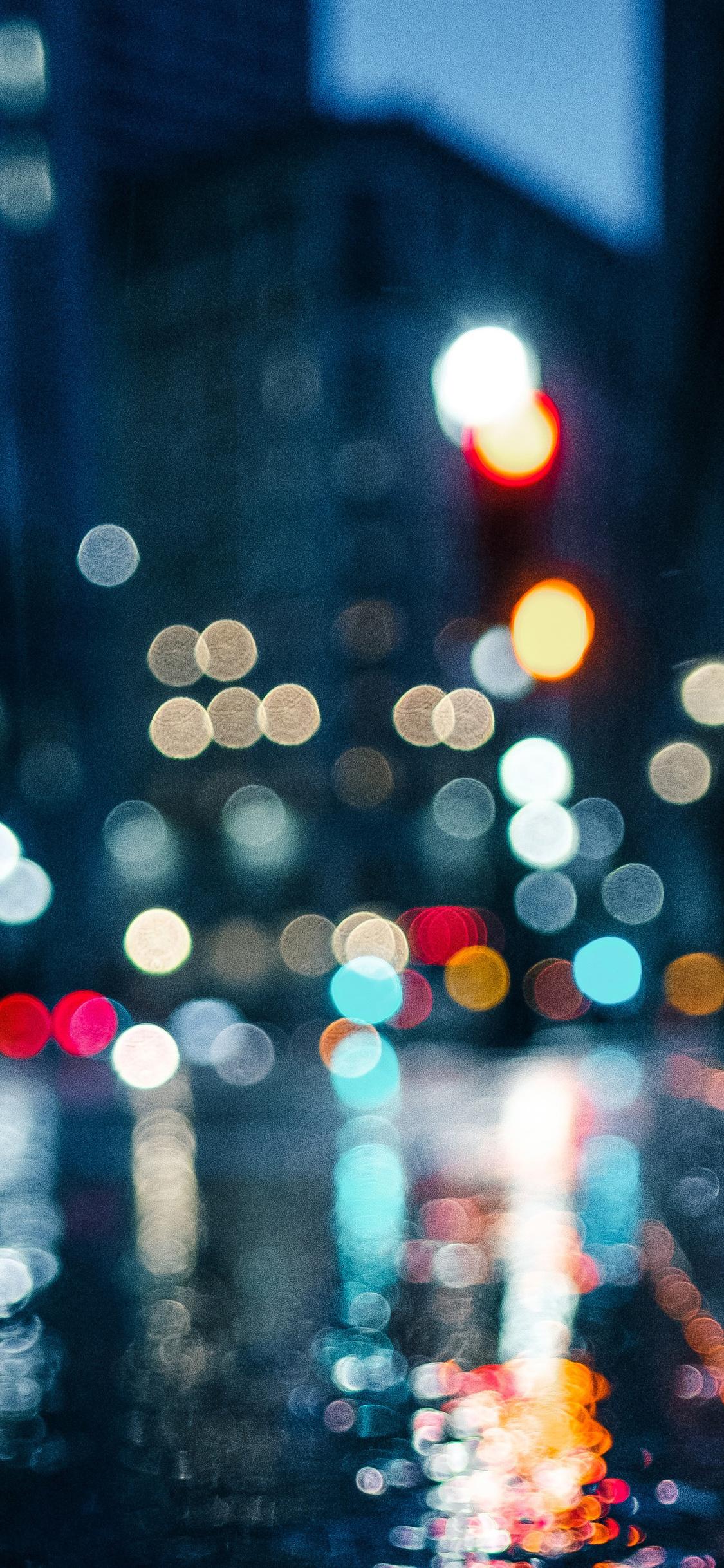 1125x2436 City Rain Blur Bokeh Effect Iphone Xs Iphone 10 Iphone X