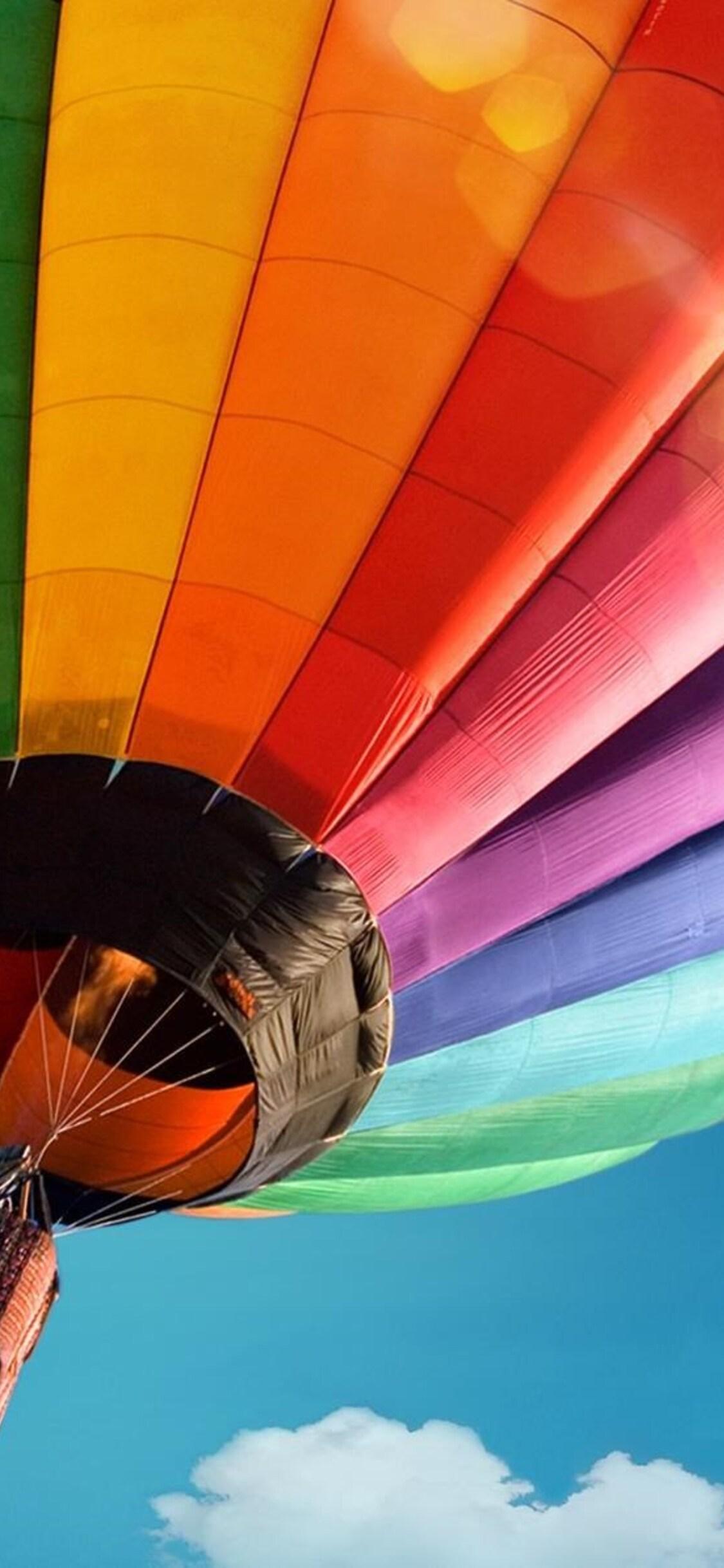 1125x2436 Colorful Hot Air Ballon Iphone Xs Iphone 10 Iphone