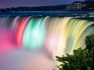 colorful-niagara-falls-ap.jpg