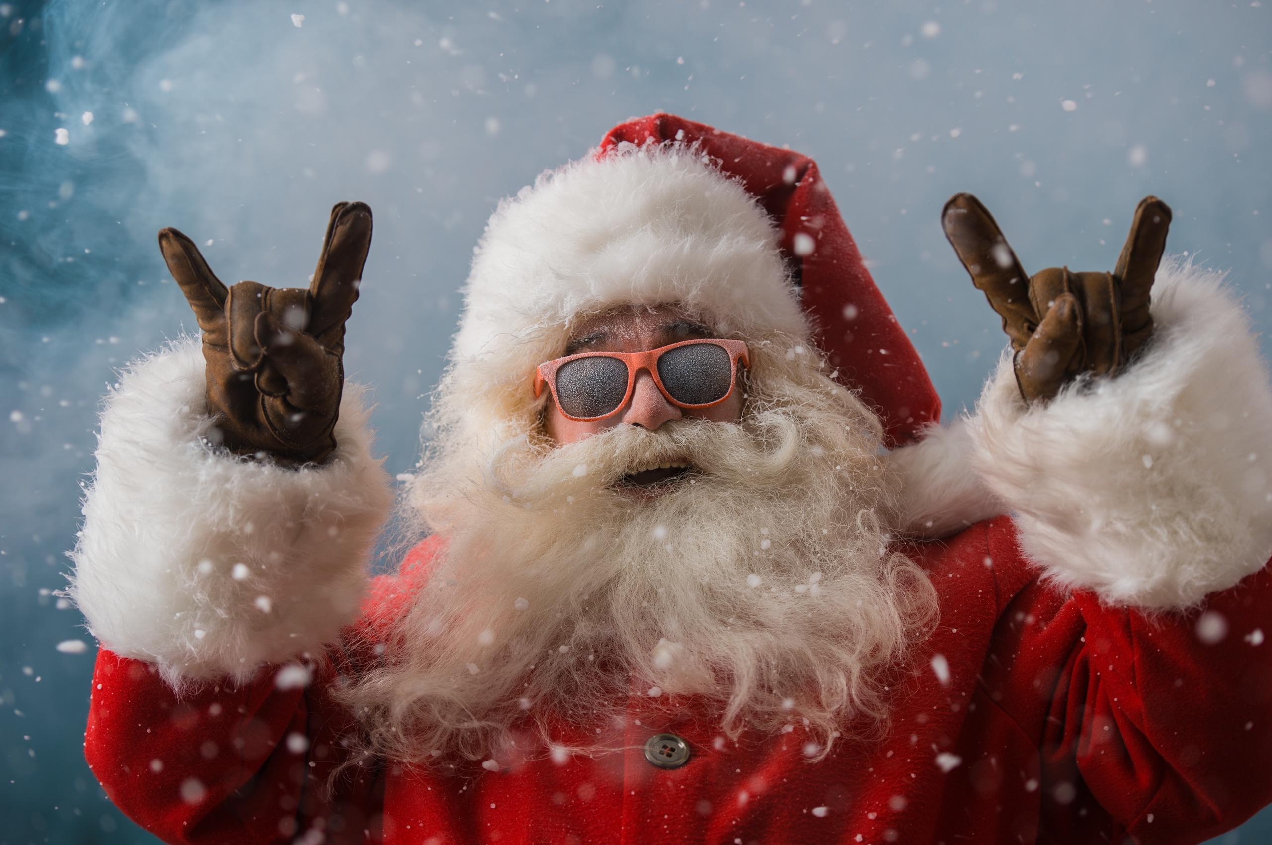 cool santa claus 4k qb
