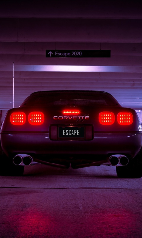 corevette-c4-escape-2020-retrowave-6o.jpg