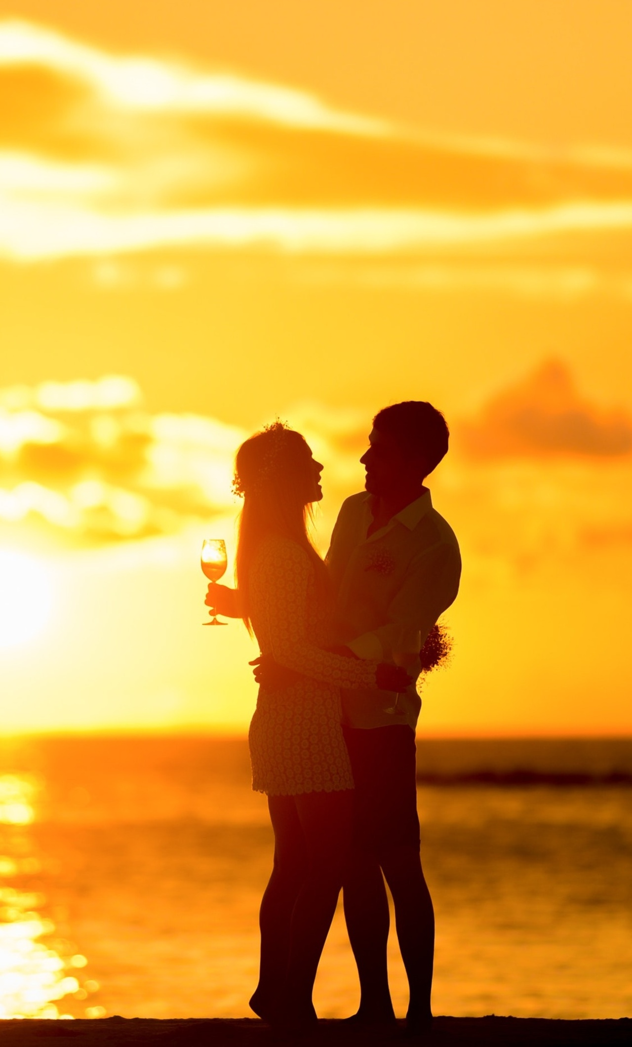 couple-at-beach-during-sunset-g8.jpg