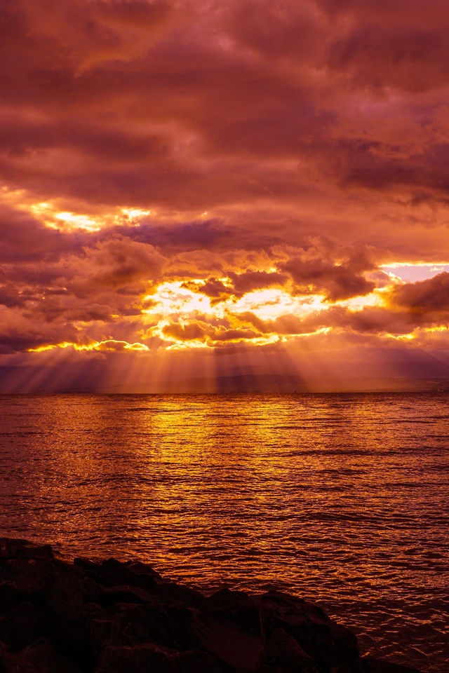 crepuscular-rays-lake-sunset-sea-hu.jpg