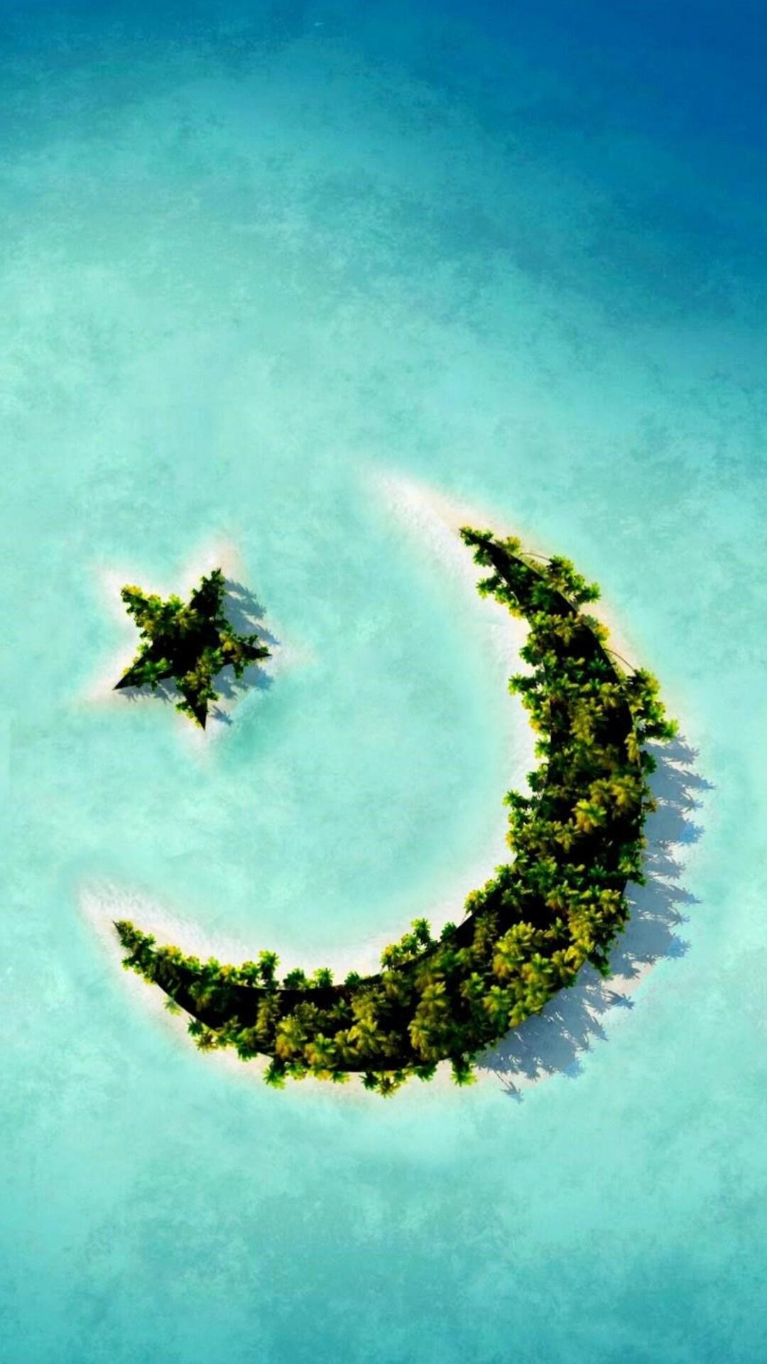 crescent-moon-star-island.jpg