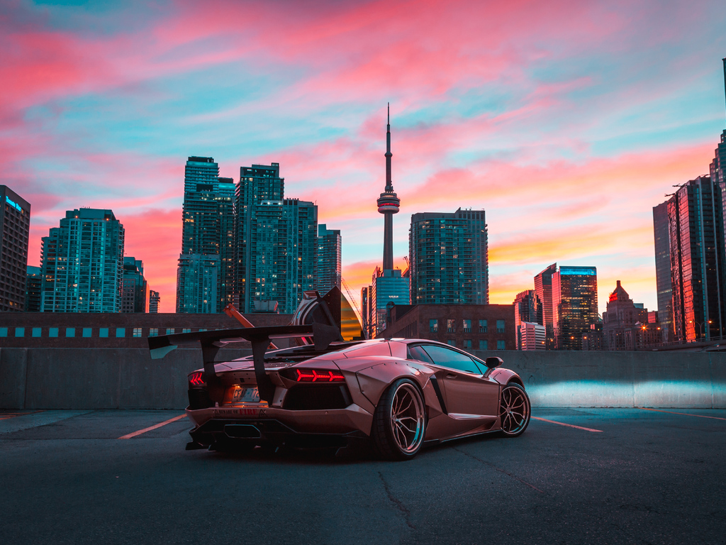custom-lamborghini-aventador-in-cn-tower-nb.jpg