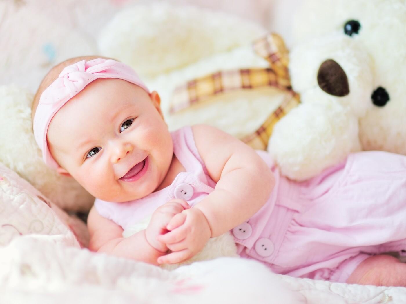 cute-baby-with-teddy-bear.jpg