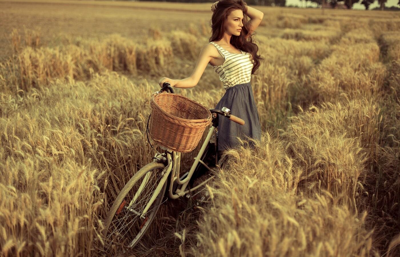 cute-girl-with-cycle-hd.jpg