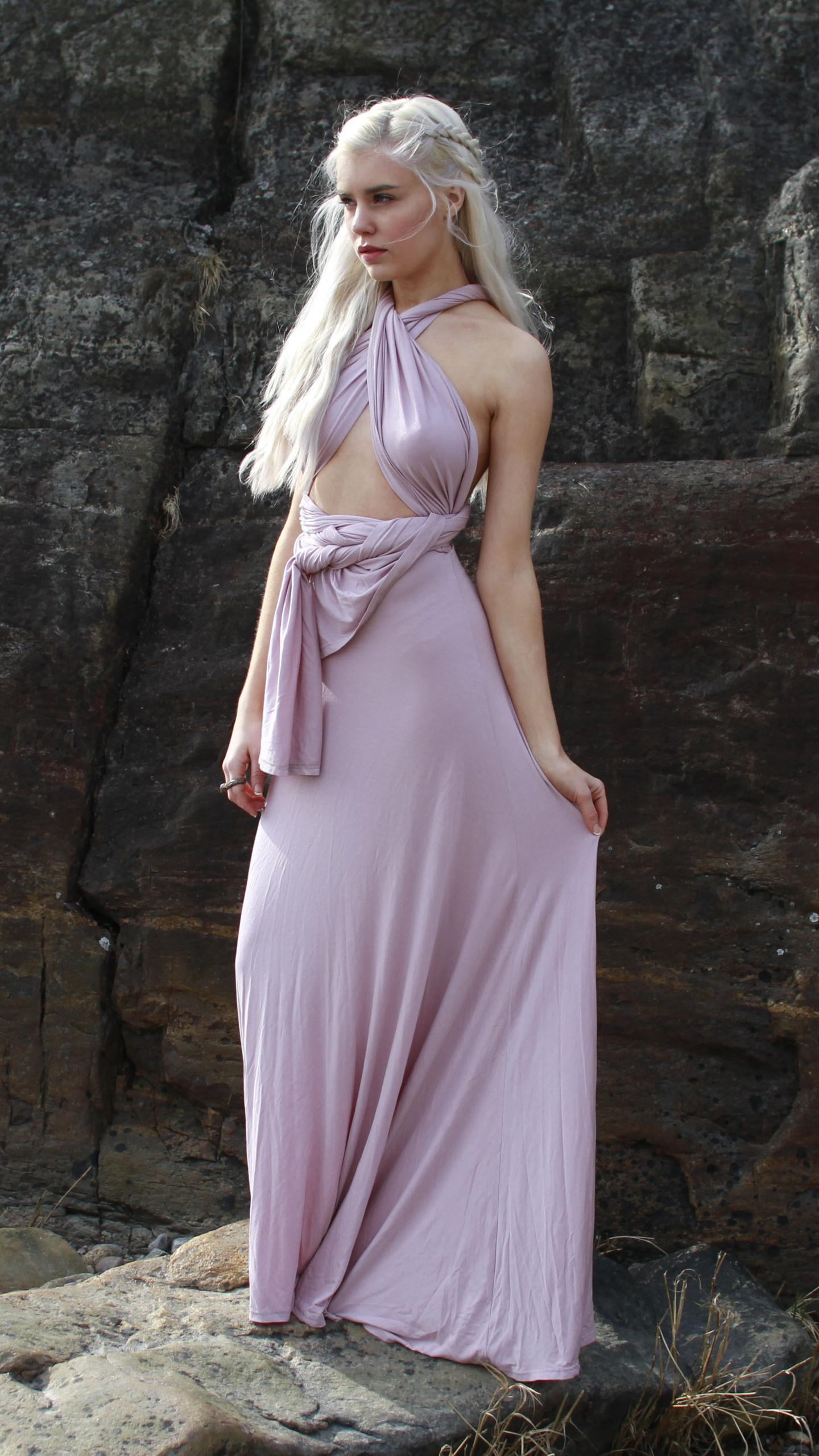 daenerys-targaryen-cosplay-ny.jpg