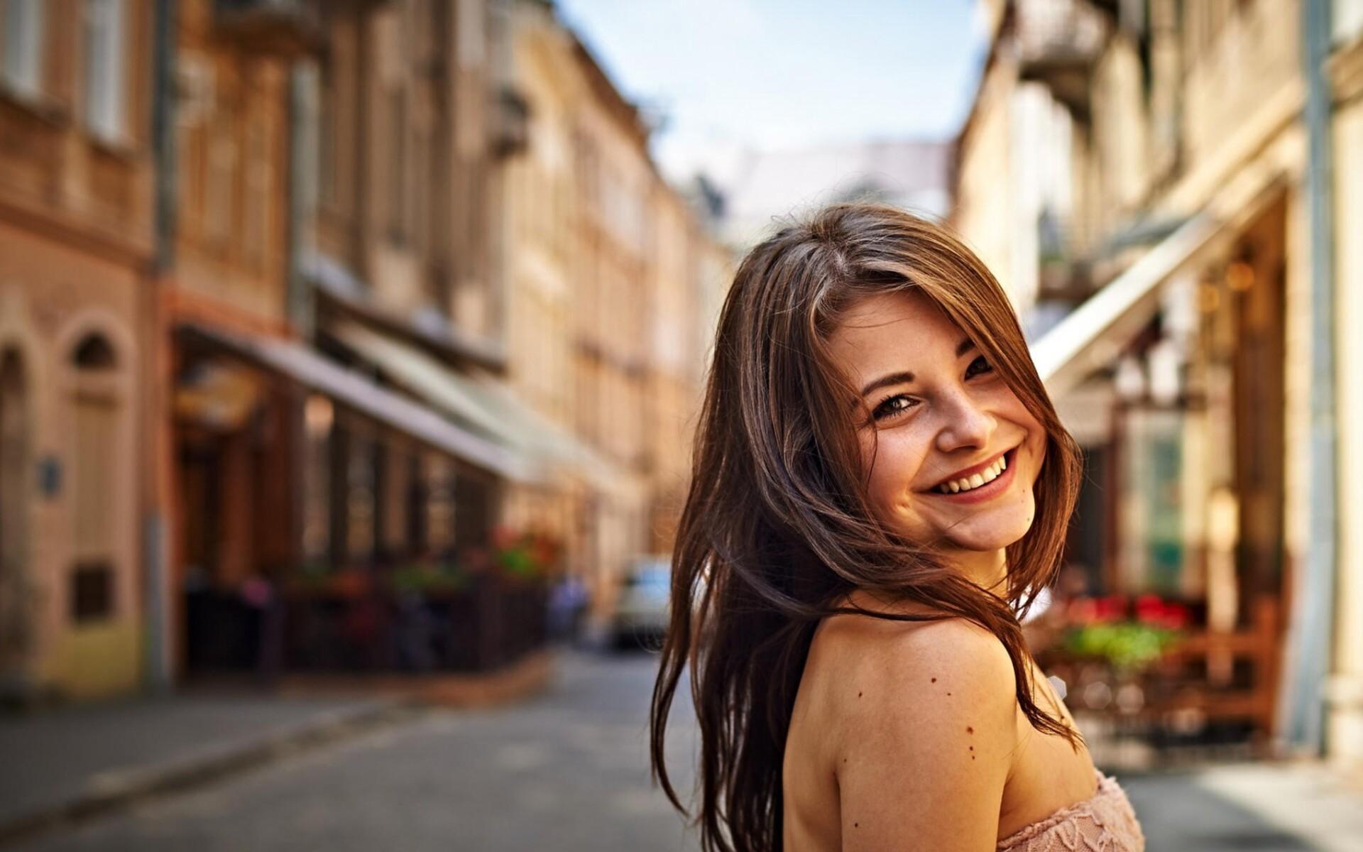 dana-kareglazaya-cute-smile-pic.jpg