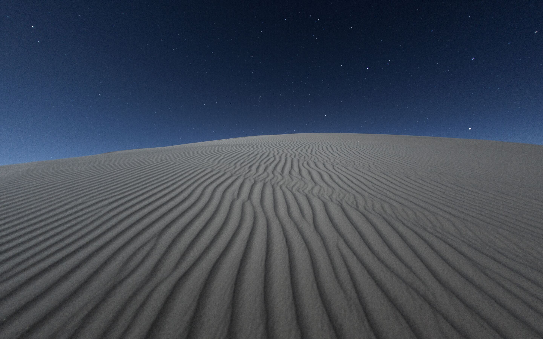 2880x1800 Dark Desert Night 5k Macbook Pro Retina Hd 4k Wallpapers Images Backgrounds Photos And Pictures