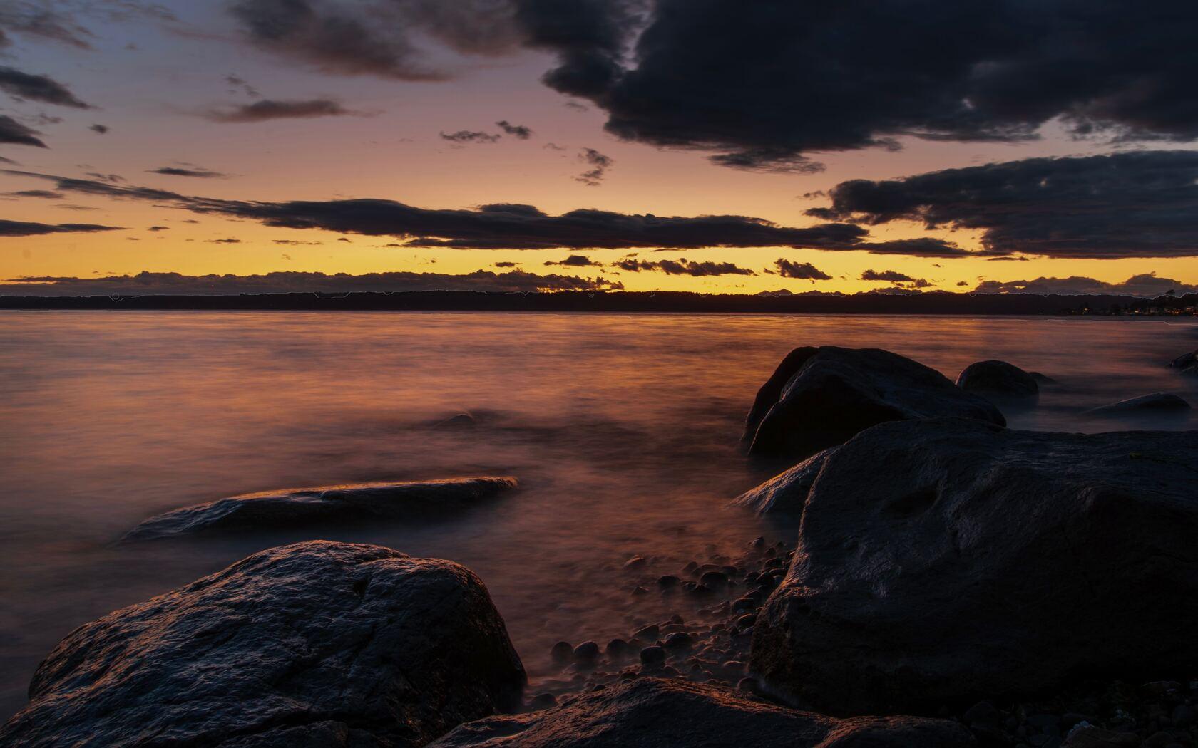 dark-evening-sea-coast-5k-gz.jpg