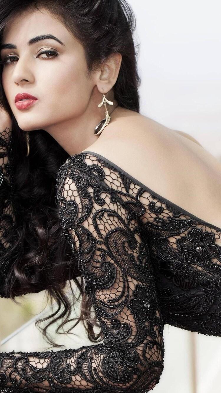 disha-patani-indian-actress.jpg