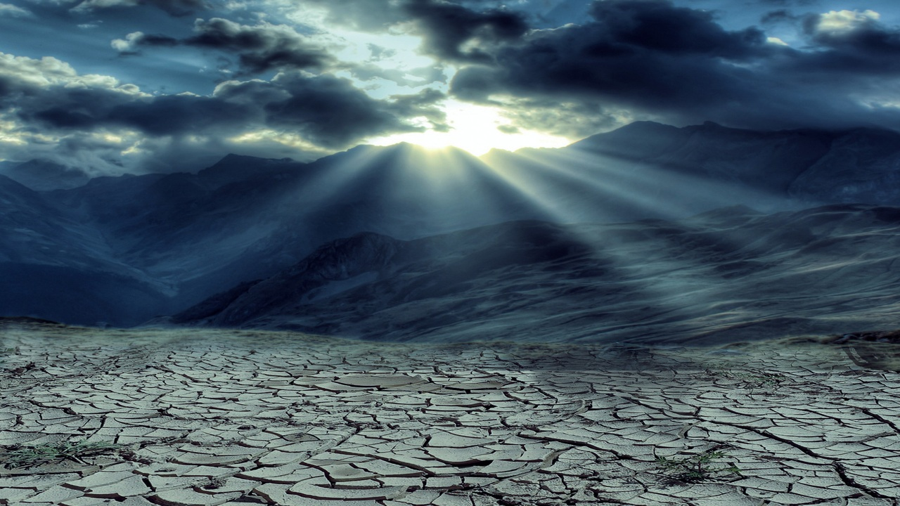 drought-mountains-cloud-sun-rays-5k-sc.jpg
